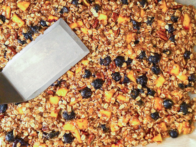 Blueberry-Peach-Cobbler-Granola-Recipe-PREP-3