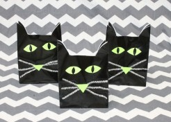 Make These: Halloween Cat Treat Bag for Parties or Classrooms