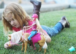 Barbie & Tawny Inspire a Cowgirl