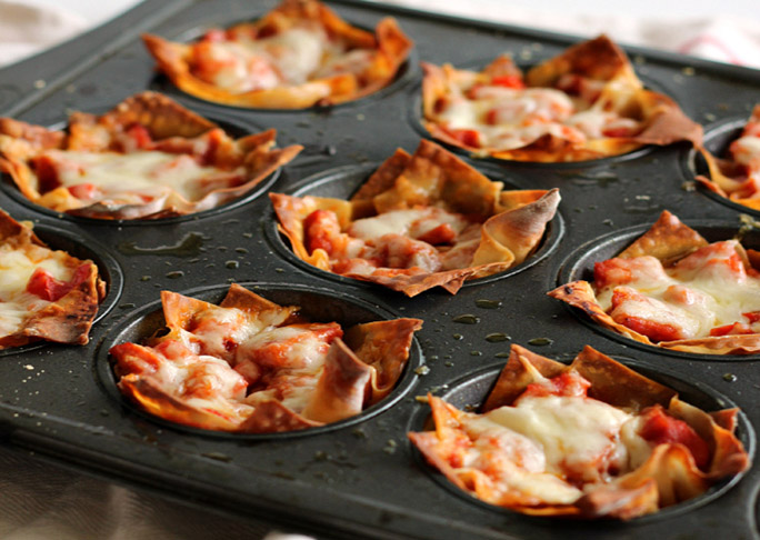 pepperoni-pizza-cupcakes-1