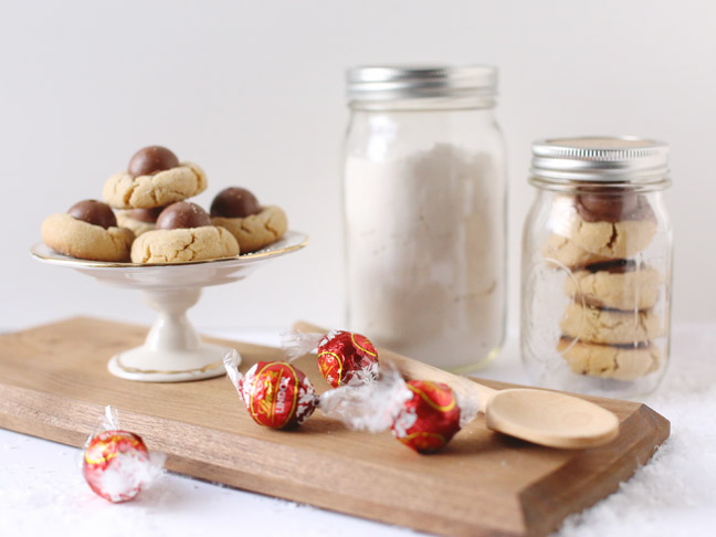 Christmas Truffle Cookies with Lindt LINDOR Milk Truffles