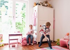 5 Tricks for Surviving Your Kid's Playdate with an Obnoxious Friend