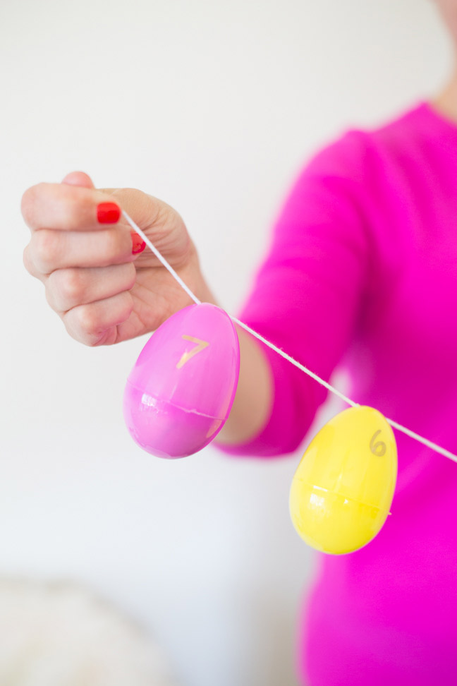 plastic-easter-eggs-pink-yellow