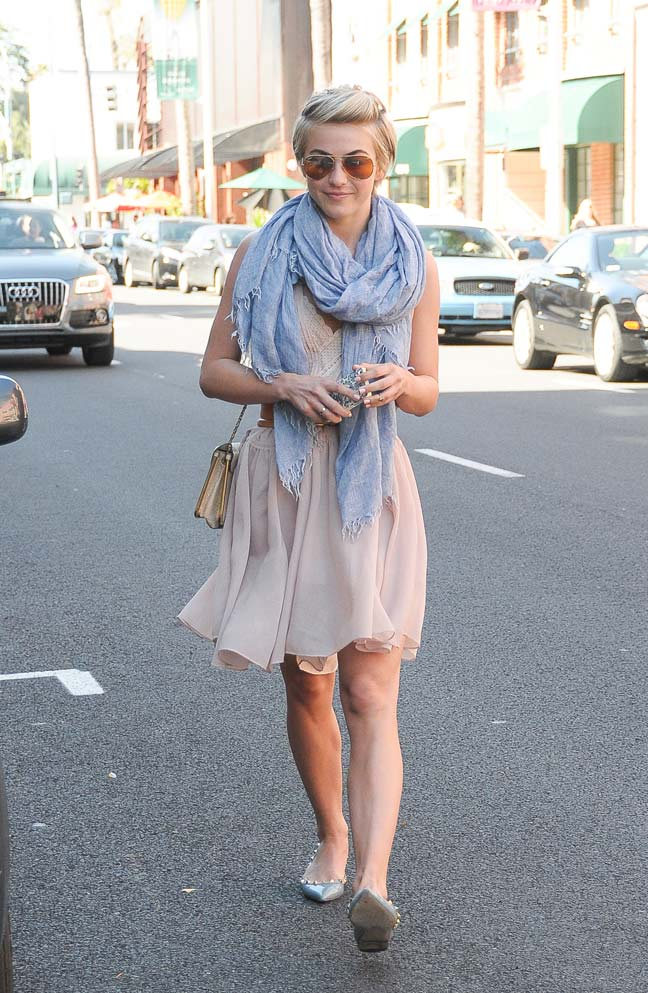 julianne-hough-wearing-pastel-2014-in-los-angeles