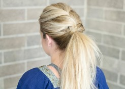 PHOTOS: 5-Minute Hair Updo Tutorial (That'll Stay All Day!)