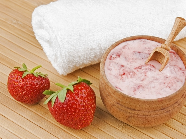 strawberry-facial