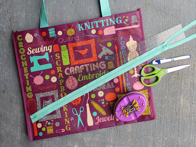 DIY Zipper Pouch Bags from Reusable Shopping Bags