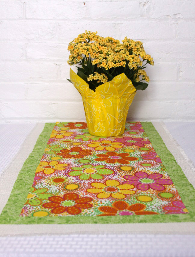 spring table runner final 1