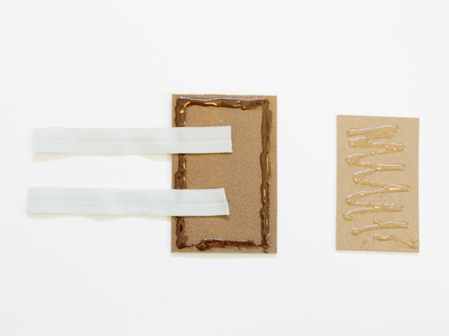 leather-chipboard-glue-elastic