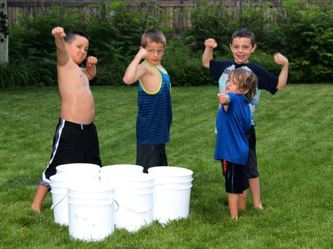 summer-backyard-games-boys-girls-bucket-ball
