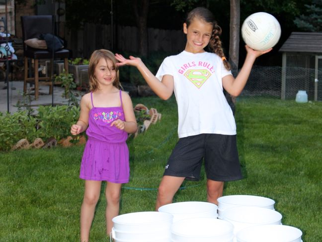 IMG_9425summer-backyard-games-boys-girls-bucket-ball