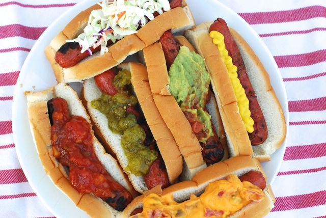 6 Ways to Top a Hot Dog