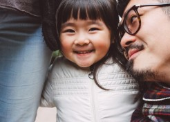 5 Secrets to Raising a Kid Who Is Kind to Others