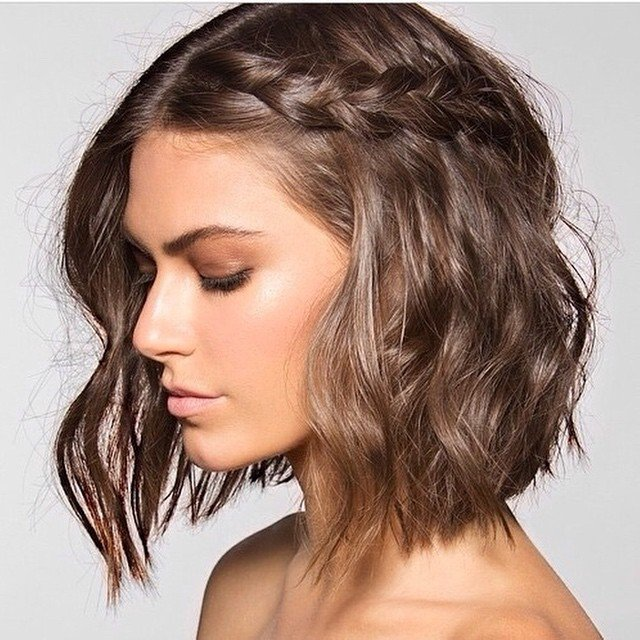 easy up hairstyles : 20 Medium Length Haircuts That Are Easy to Maintain