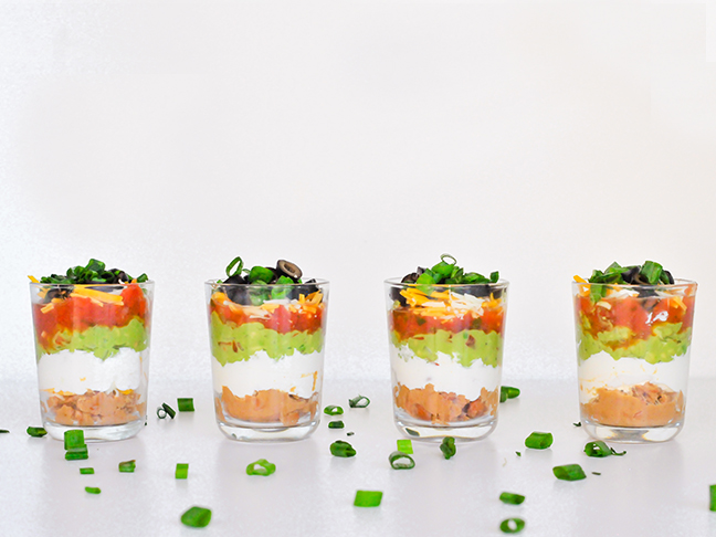 Miniature seven layer dips