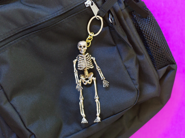diy-skeleton-keychain