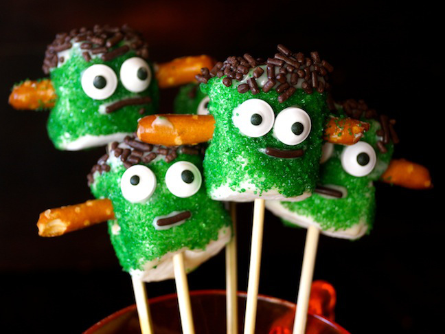 green marshmallows-pretzels-eyes-frankenstein
