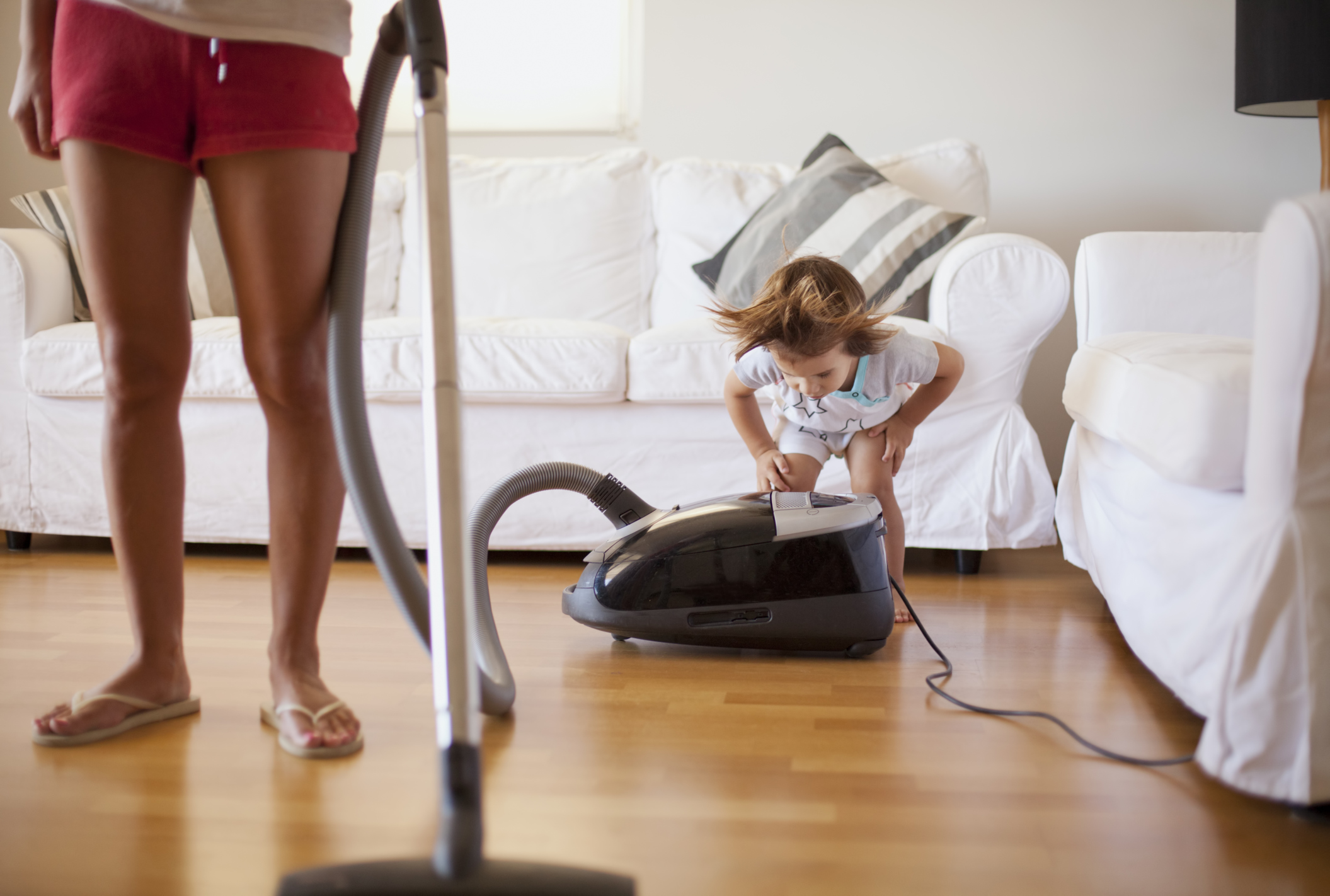 21 things every mum thinks when cleaning the house