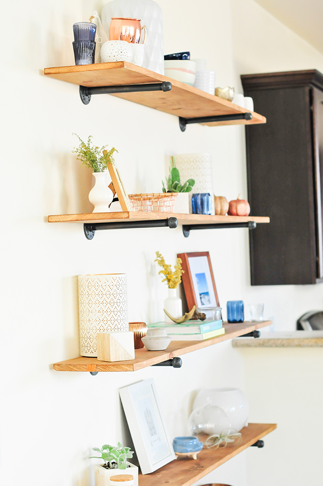 The easiest diy industrial shelving tutorial for Diy industrial bookshelf