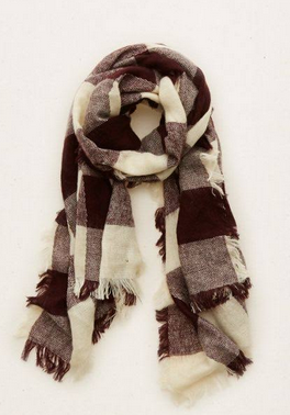 soft_woven_plum_blanket_scarf