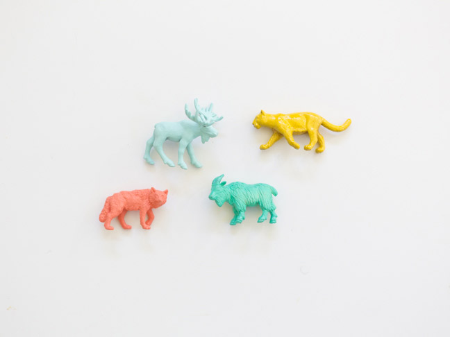 painted-plastic-animals