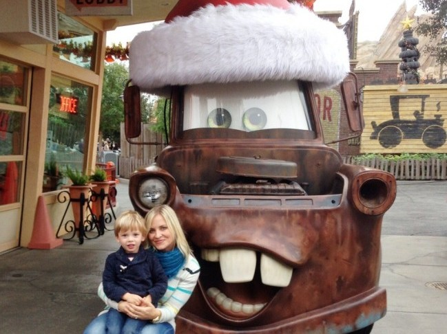 Ideas for Family Fun This Holiday Season | Chandra Fredrick of Oh Lovely Day on Momtastic