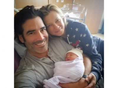 amy-smart-welcomes-baby-via-surrogate
