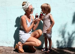 10 Amazingly Stylish Mums You Should Be Following on Instagram