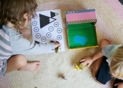 Play to Go: Dinosaurs and Other Portable Play Box Ideas