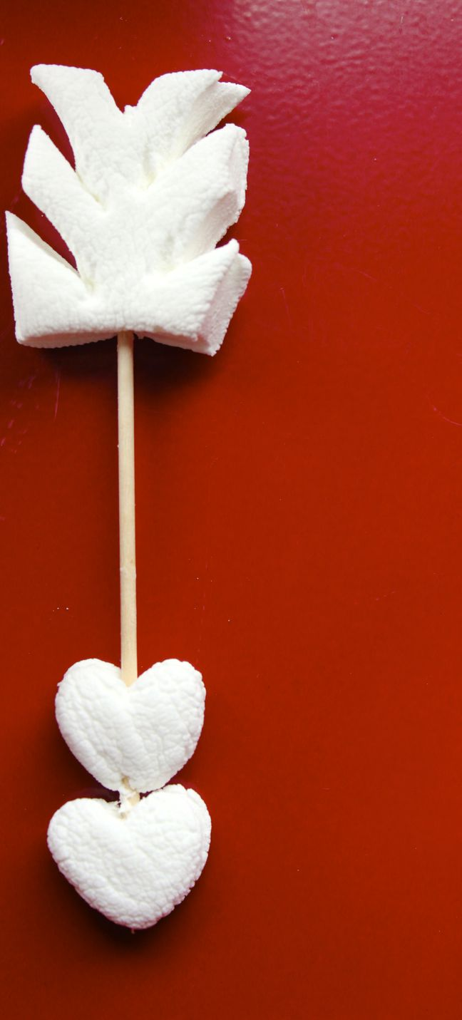 red-cupid-arrow-marshmallow-heart-valentine