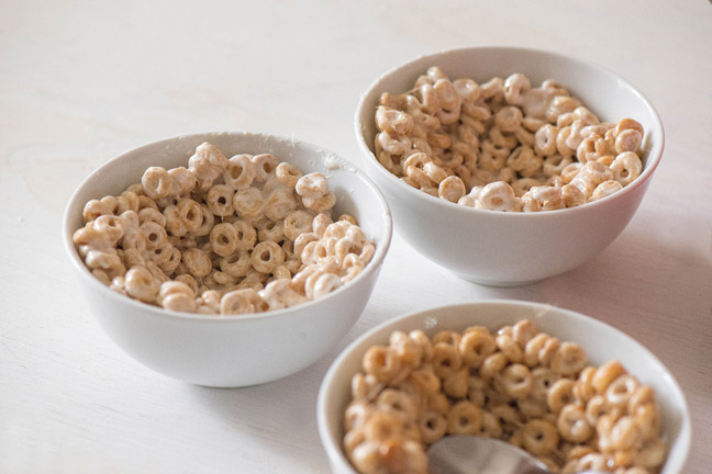 No Bake Cheerios Treat Cups For Breakfast Or Dessert