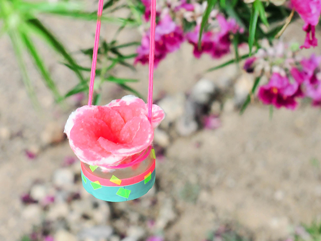 diy pink bird feeder