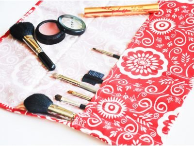 makeup-brush-roll