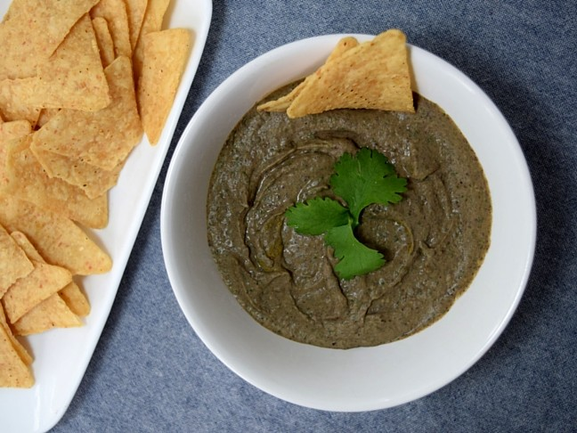 black bean hummus and chips