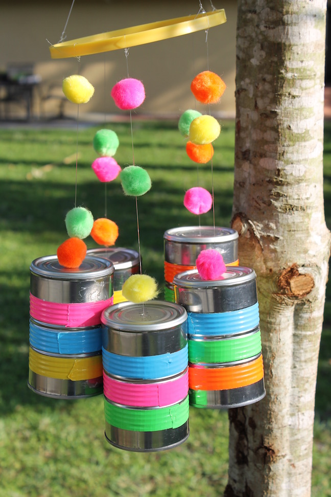 Diy wind chimes made from recycled tin cans for Wind chimes from recycled materials