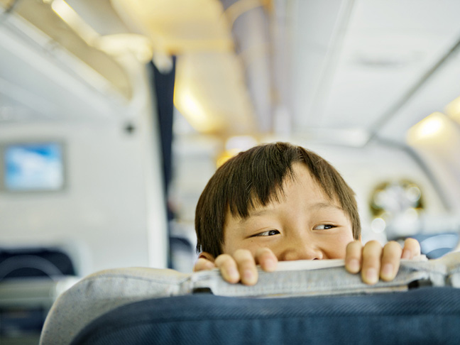 How to Keep Kids Entertained on an International Flight