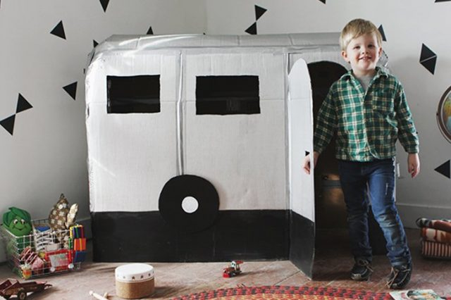 31 Ways to Entertain Kids with a Cardboard Box Craft