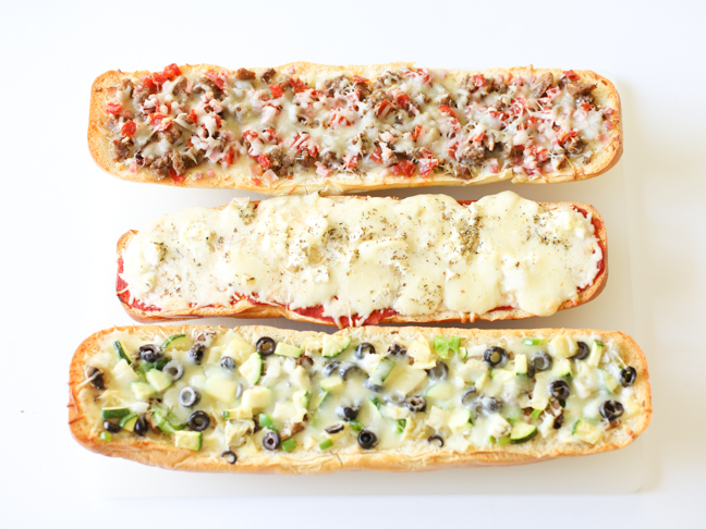 garlic-bread-pizza-three-ways
