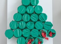 Easy DIY Advent Calendar That Anyone Can Make