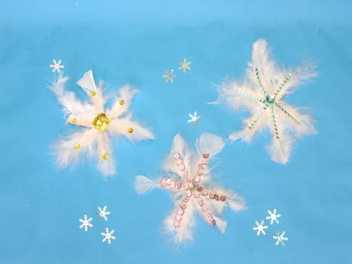 DIy feather snowflake craft how-to