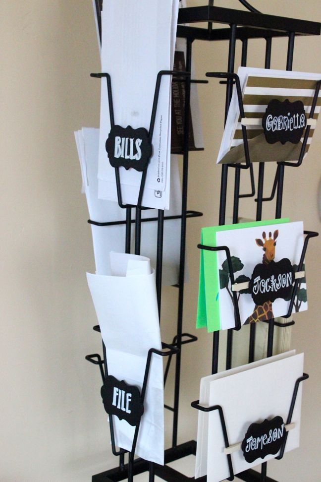 greeting-card-display-diy-desk-organization-labels-peg-board-calendar