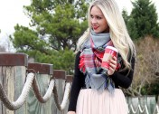Tie a Blanket Scarf the Right Way with These Simple Tutorials