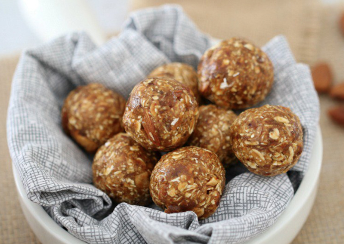 21 bliss balls recipes (including nut-free versions that are safe for school lunch boxes_