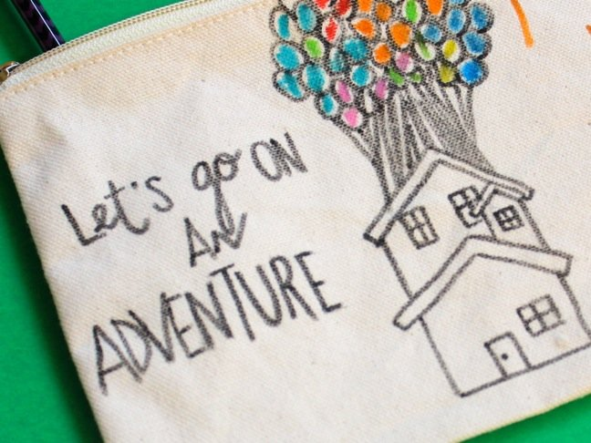 let's-go-on-an-adventure-diy-travel-bag-with-up-house-with-balloons