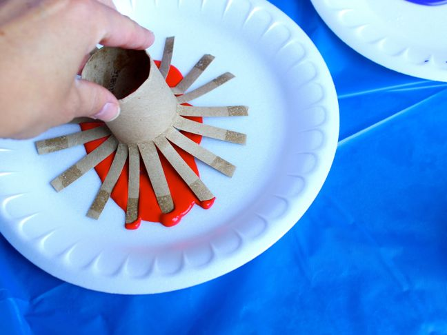 toilet-paper-rolls-firework-craft-project