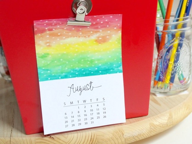 august-calendar-on-a-red-metal-basket
