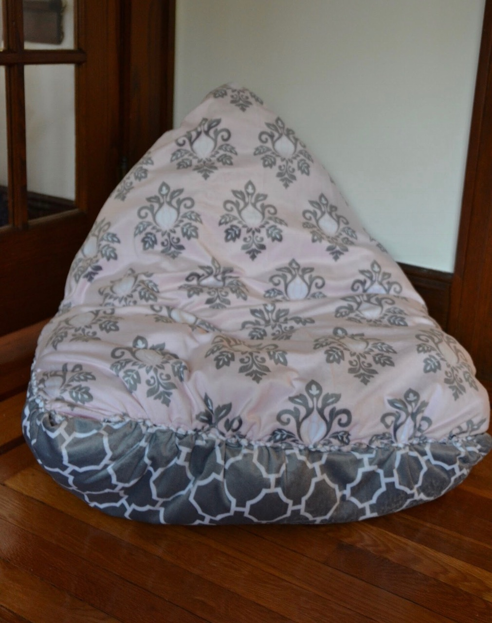 this no sew diy bean bag chair is a snap to make. Black Bedroom Furniture Sets. Home Design Ideas
