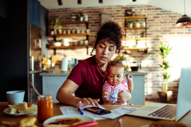 Being a Work From Home Mom Sucks So Much