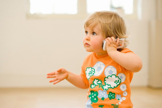 When Can Toddlers Use Simple Sentences?