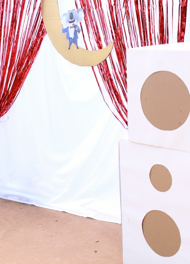 diy-kids-music-stage-diy-cardboard-speakers